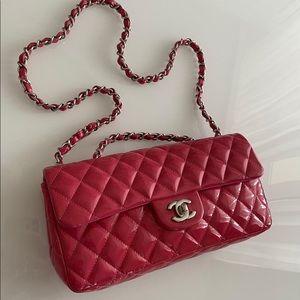 Chanel single seasonal flap patent leather pink